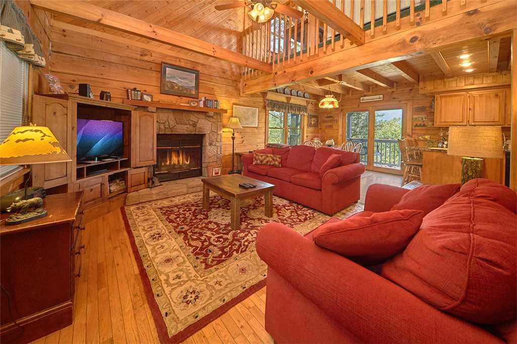 Photo of a Gatlinburg Cabin named Angels View - This is the third photo in the set.