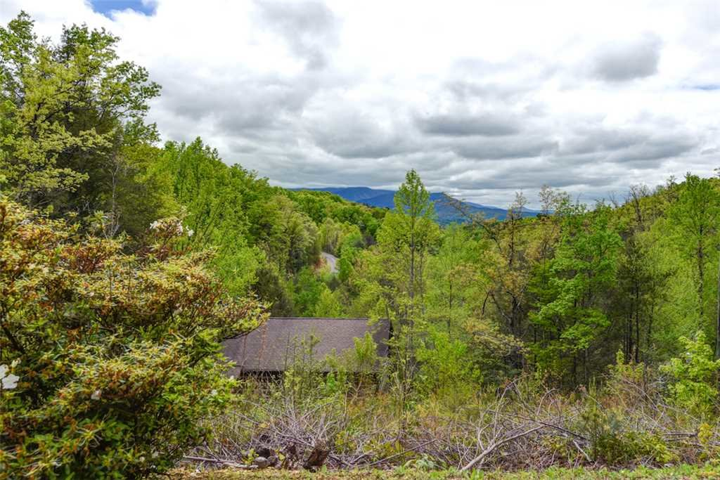 Photo of a Gatlinburg Cabin named God's Little Acre - This is the twentieth photo in the set.