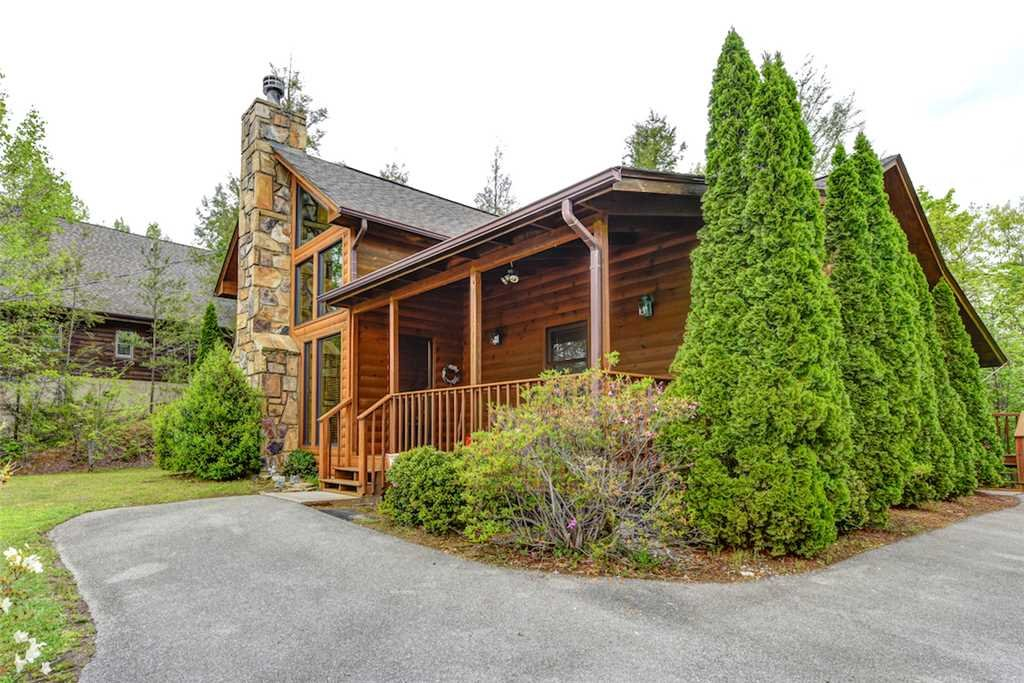 Photo of a Gatlinburg Cabin named God's Little Acre - This is the twenty-first photo in the set.