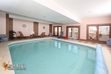3 Bedroom Private Indoor Swimming Pool Cabin With Home Theater And Pool Table