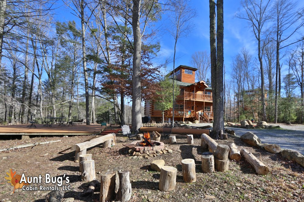 Photo of a Gatlinburg Cabin named Swimmin With Bears #375 - This is the seventeenth photo in the set.