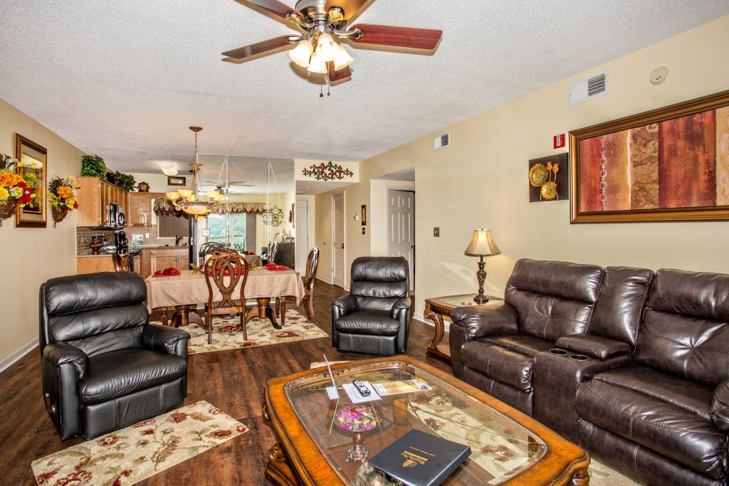 Photo of a Pigeon Forge Condo named Whispering Pines 212 - This is the second photo in the set.