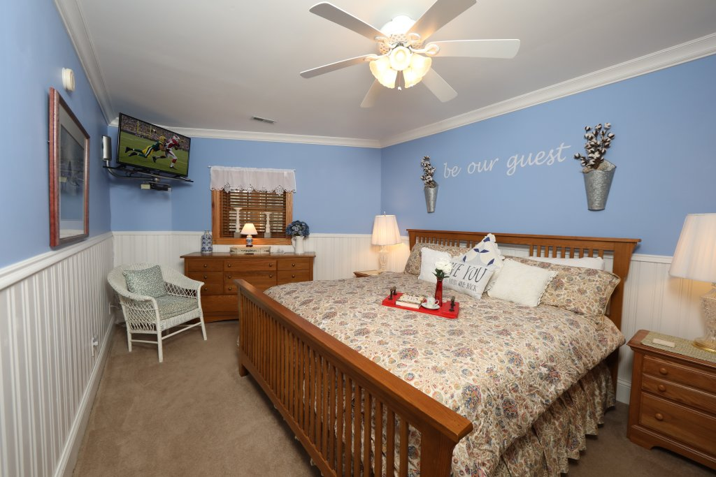 Photo of a Pigeon Forge Cabin named Haven Of Rest - This is the twenty-first photo in the set.
