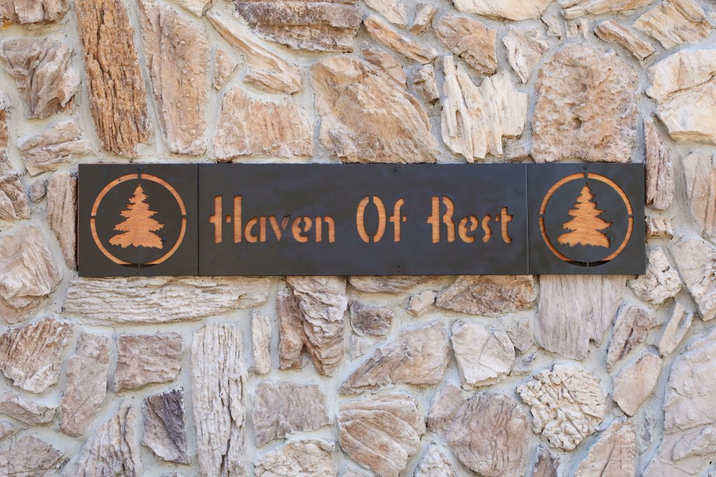 Photo of a Pigeon Forge Cabin named Haven Of Rest - This is the fifty-third photo in the set.