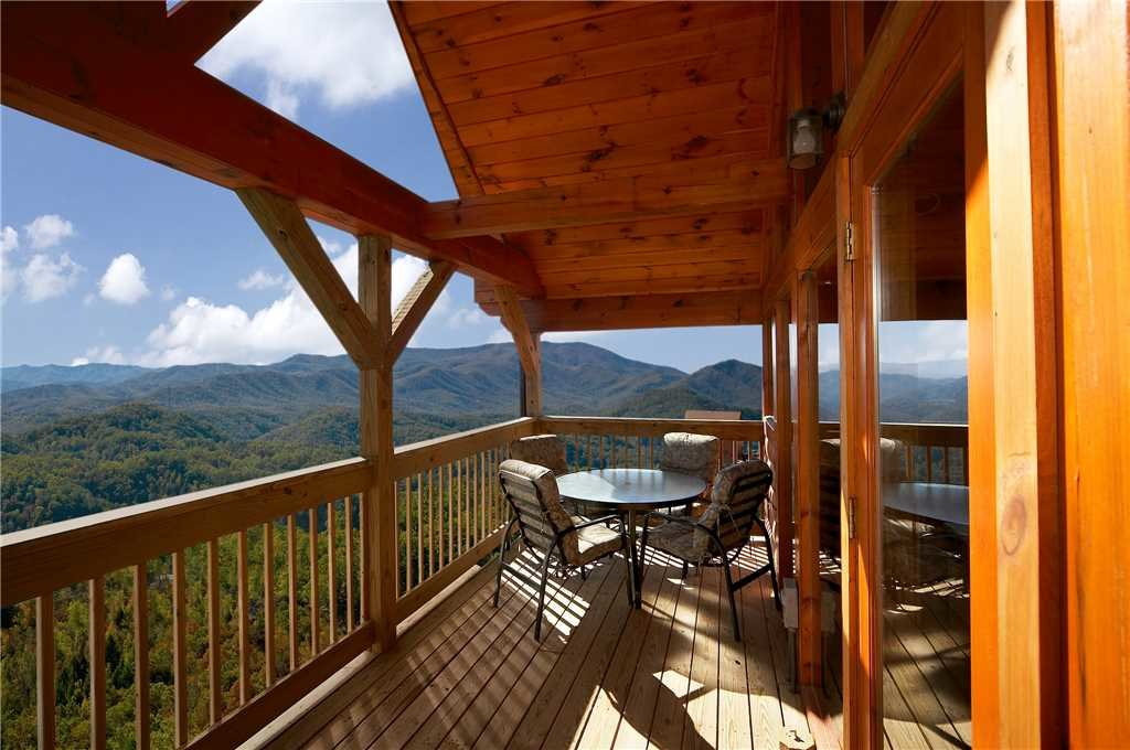 Photo of a Pigeon Forge Cabin named Amidst The Beauty - This is the tenth photo in the set.