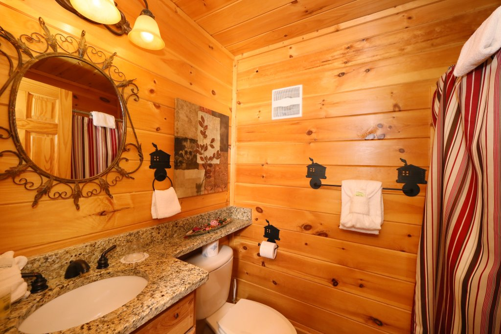 Photo of a Pigeon Forge Cabin named Better View - This is the thirty-second photo in the set.