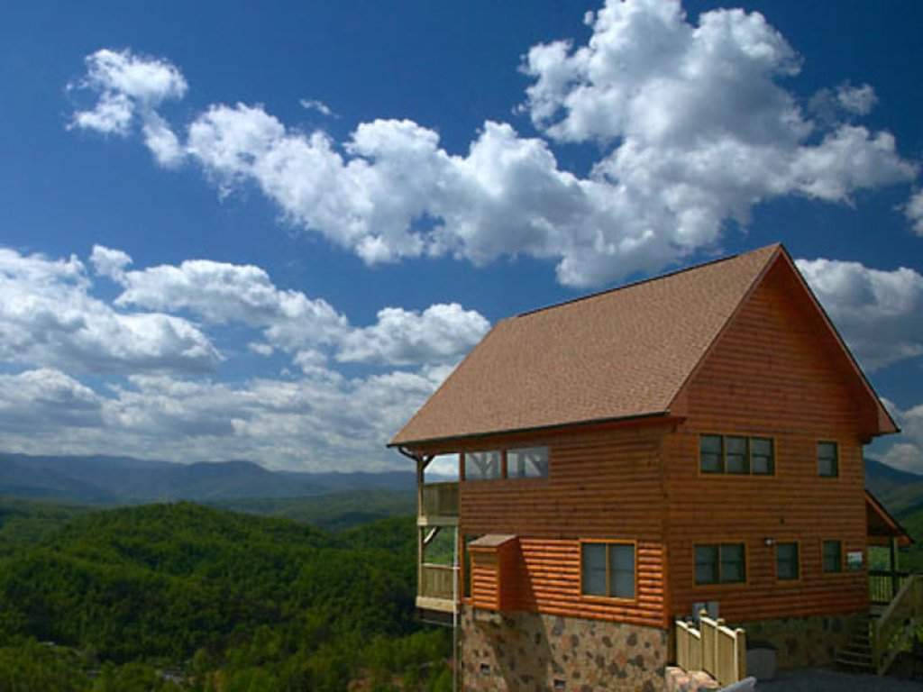 Photo of a Pigeon Forge Cabin named Amidst The Beauty - This is the fourteenth photo in the set.