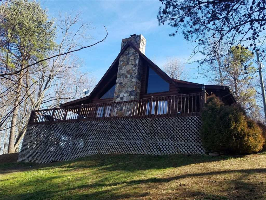 Photo of a Gatlinburg Cabin named Mountain Majesty Sky Harbor - This is the first photo in the set.