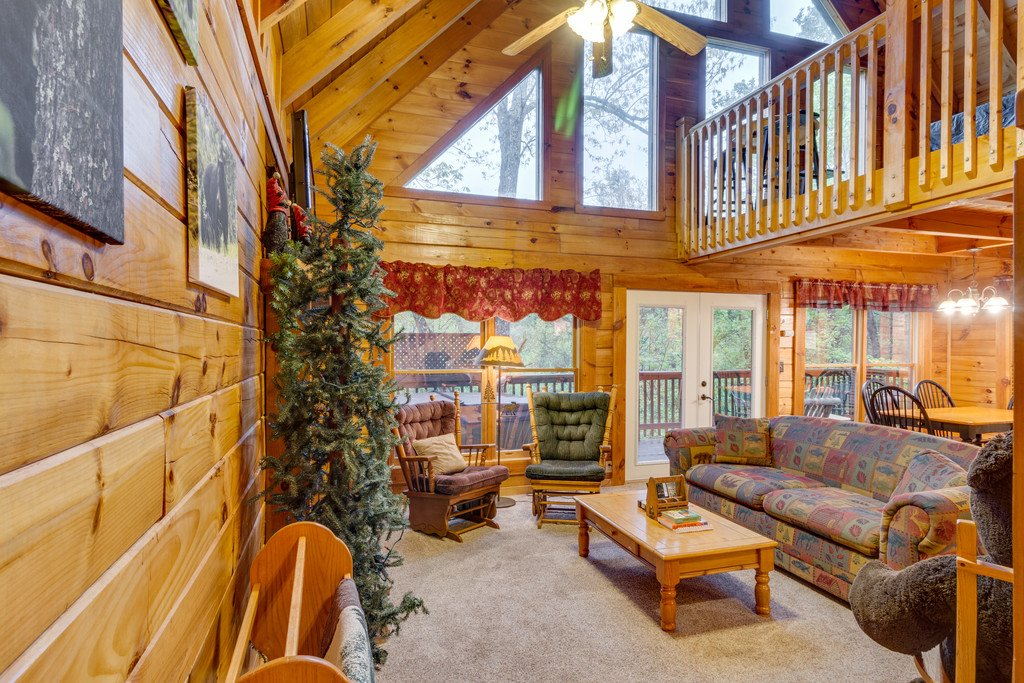 Photo of a Gatlinburg Cabin named Beary Comfy - This is the eighth photo in the set.