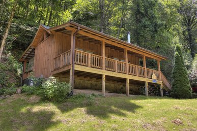 Pigeon Forge Cabin Near Stream 1 Mile From Parkway With Air Hockey