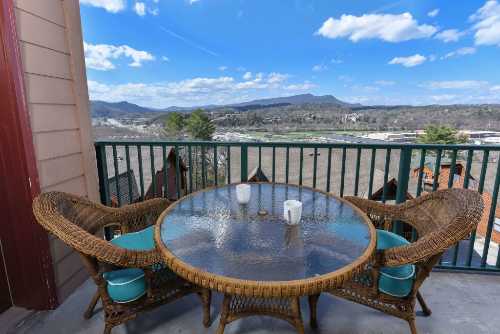 Photo of a Pigeon Forge Condo named 3004 Big Bear Resort - This is the seventh photo in the set.