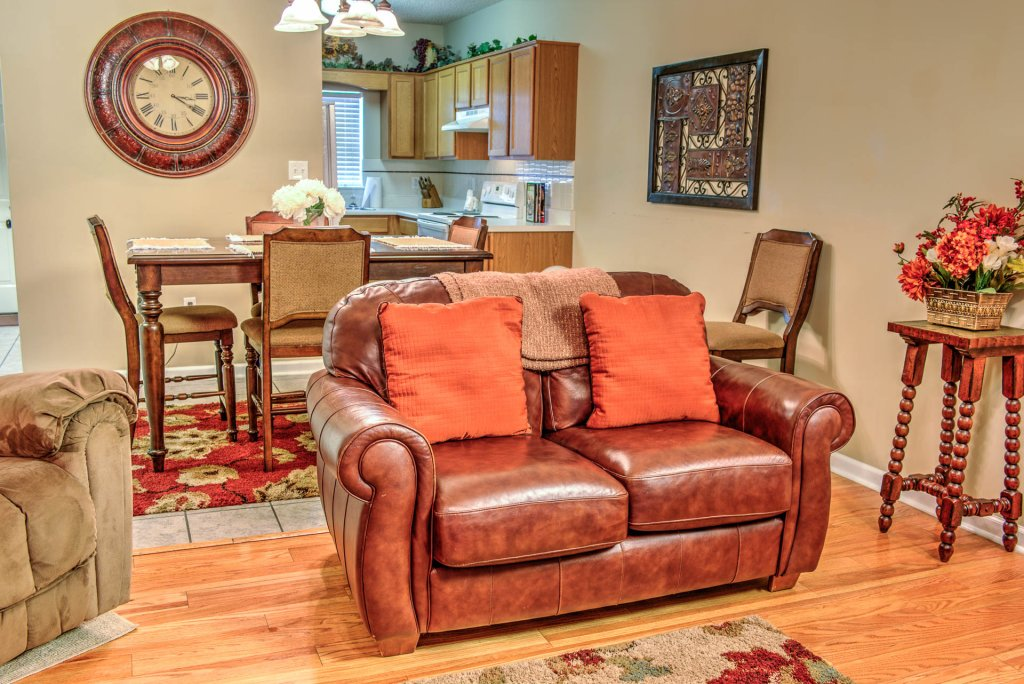 Photo of a Pigeon Forge Condo named Bear Crossing 204 - This is the seventeenth photo in the set.