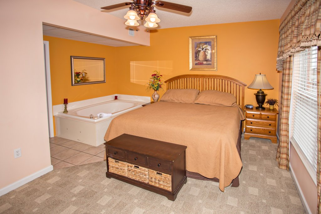 Photo of a Pigeon Forge Condo named Bear Crossing 403 - This is the fifteenth photo in the set.
