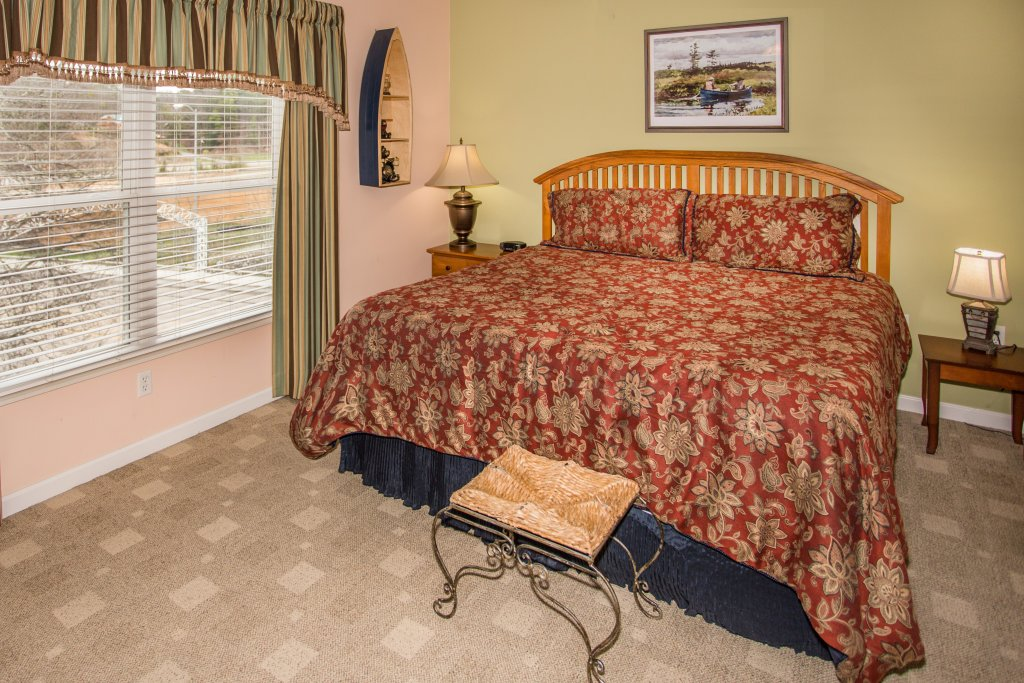 Photo of a Pigeon Forge Condo named Bear Crossing 403 - This is the nineteenth photo in the set.