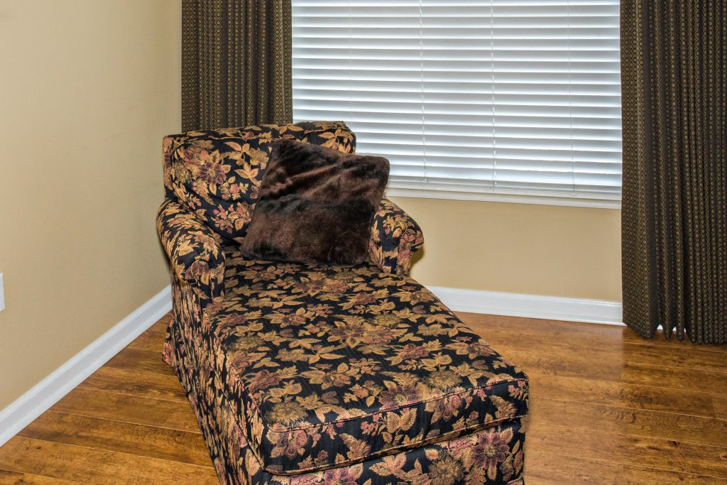 Photo of a Pigeon Forge Condo named Bear Crossing 503 Nb - This is the sixteenth photo in the set.