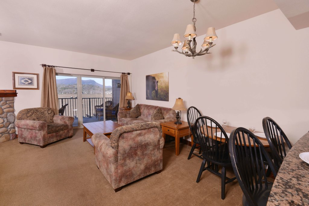 Photo of a Pigeon Forge Condo named 2004 Big Bear Resort - This is the twelfth photo in the set.