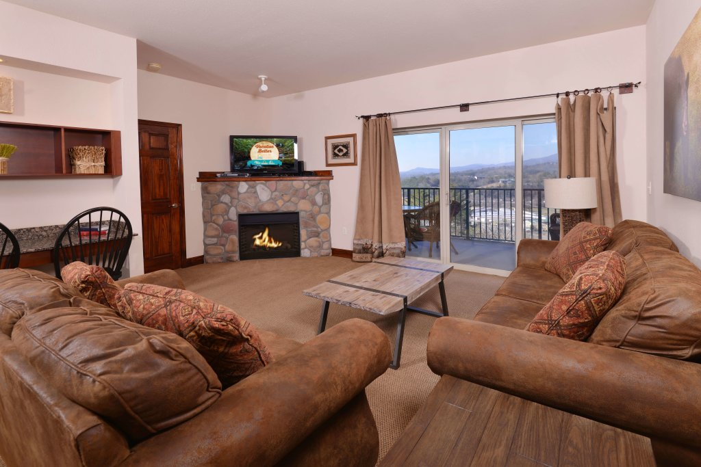 Photo of a Pigeon Forge Condo named 4004 Big Bear Resort - This is the eighteenth photo in the set.