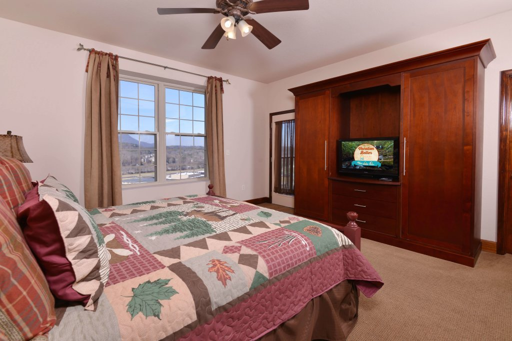 Photo of a Pigeon Forge Condo named 4004 Big Bear Resort - This is the twentieth photo in the set.