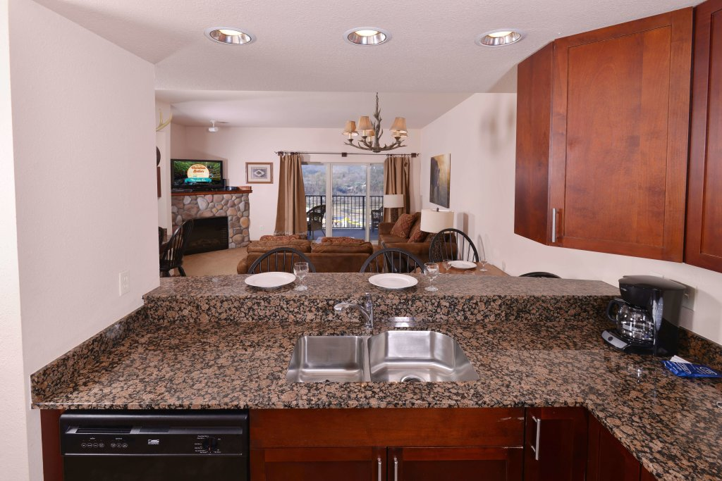 Photo of a Pigeon Forge Condo named 4004 Big Bear Resort - This is the fifteenth photo in the set.