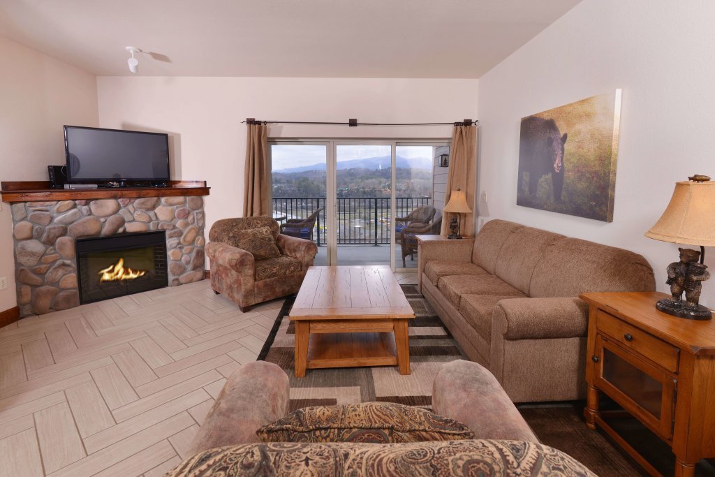 Photo of a Pigeon Forge Condo named 3002 Big Bear Resort - This is the nineteenth photo in the set.
