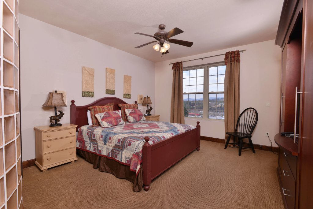 Photo of a Pigeon Forge Condo named 3002 Big Bear Resort - This is the twenty-first photo in the set.