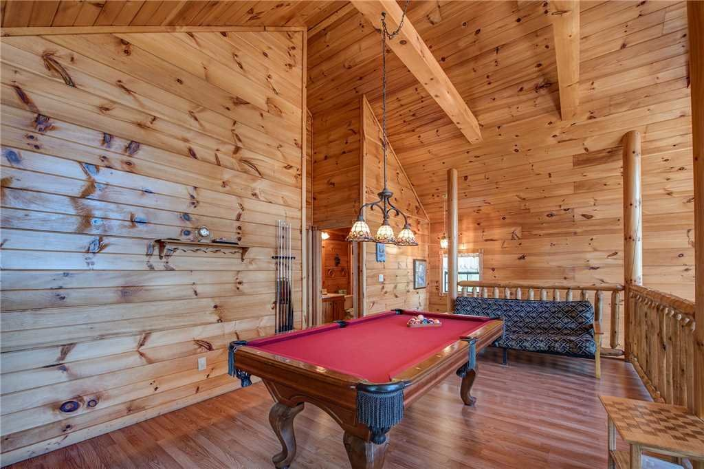 Photo of a Sevierville Cabin named R Bearadise - This is the eleventh photo in the set.