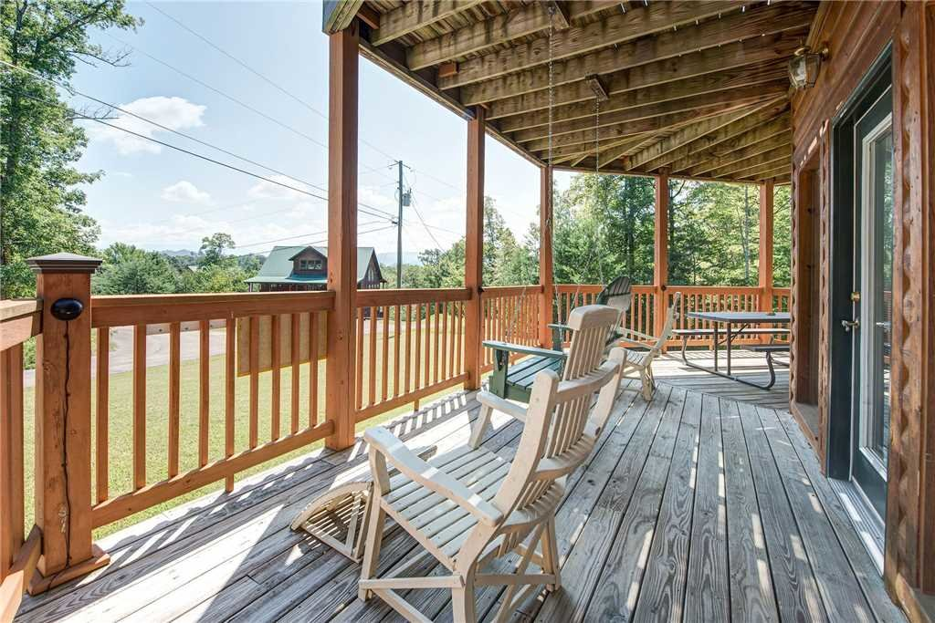 Photo of a Sevierville Cabin named R Bearadise - This is the twenty-first photo in the set.