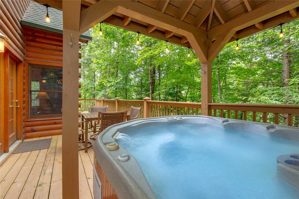 Photo of a Gatlinburg Cabin named A Great Escape - This is the second photo in the set.