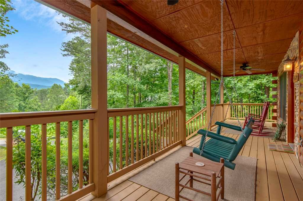 Photo of a Gatlinburg Cabin named A Great Escape - This is the third photo in the set.