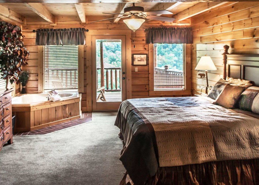 Photo of a Pigeon Forge Cabin named Angel's Perch #54 - This is the eighteenth photo in the set.