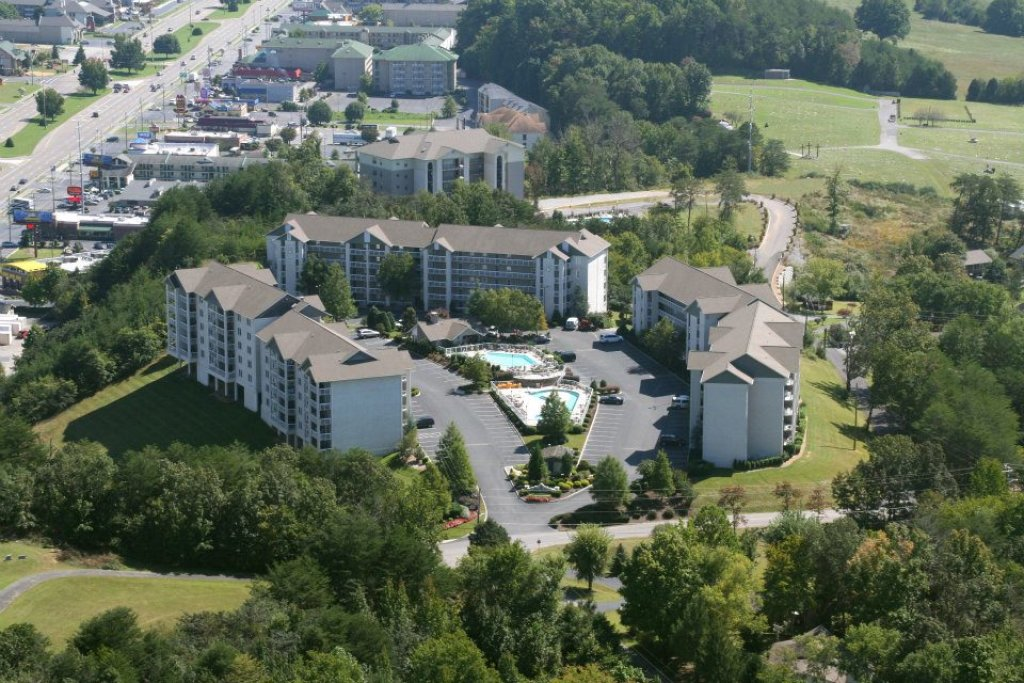 Photo of a Pigeon Forge Condo named Whispering Pines 413hc - This is the third photo in the set.