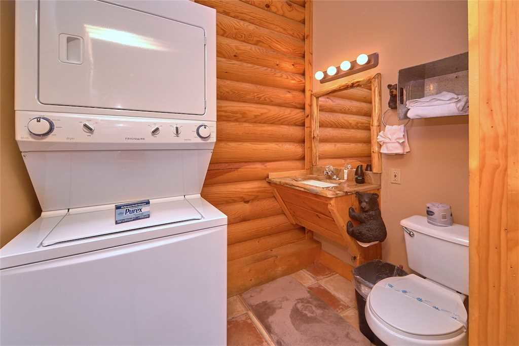 Photo of a Pigeon Forge Cabin named Second Wind - This is the sixteenth photo in the set.