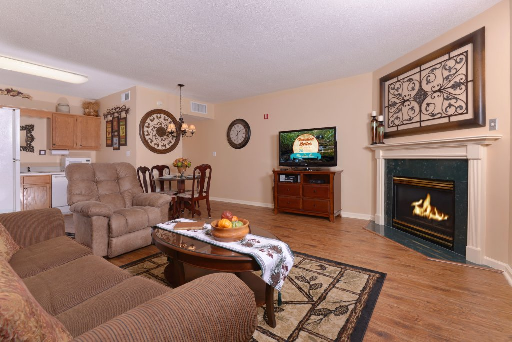Photo of a Pigeon Forge Condo named Whispering Pines 411 - This is the fifteenth photo in the set.