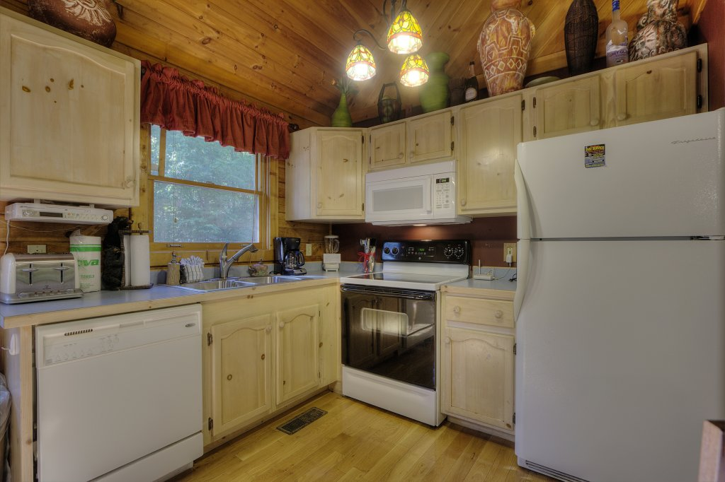 Photo of a Sevierville Cabin named Pure Pleasure Too #202 - This is the fourteenth photo in the set.