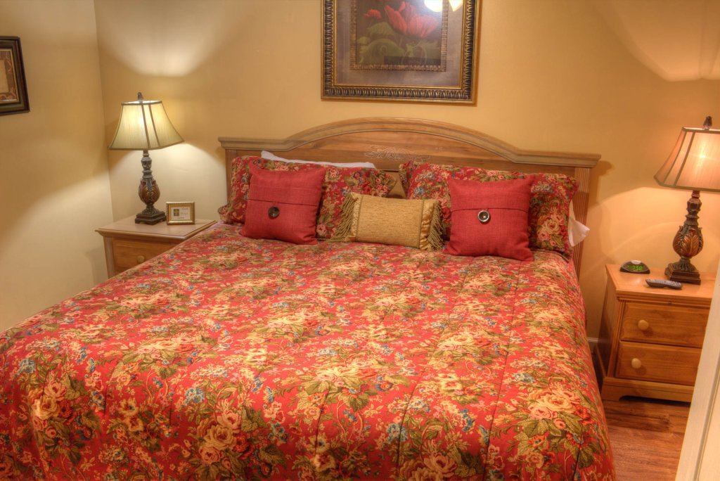 Photo of a Pigeon Forge Condo named Whispering Pines 141 - This is the twentieth photo in the set.