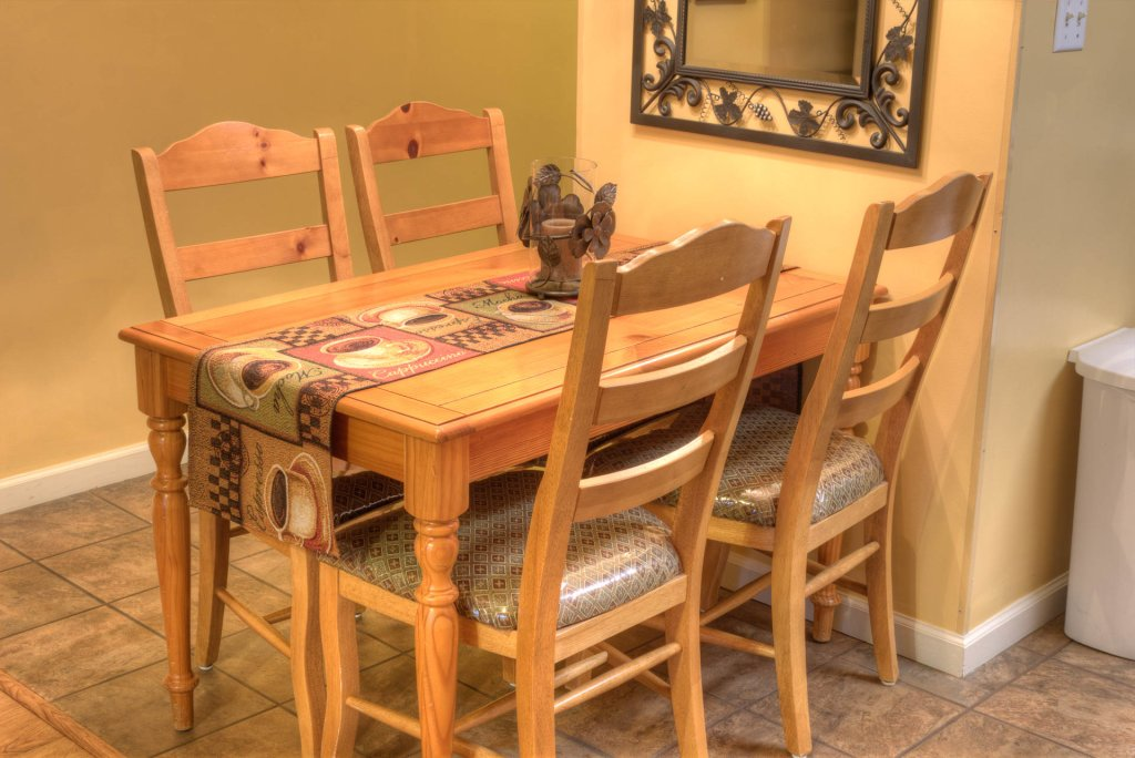 Photo of a Pigeon Forge Condo named Whispering Pines 141 - This is the seventeenth photo in the set.
