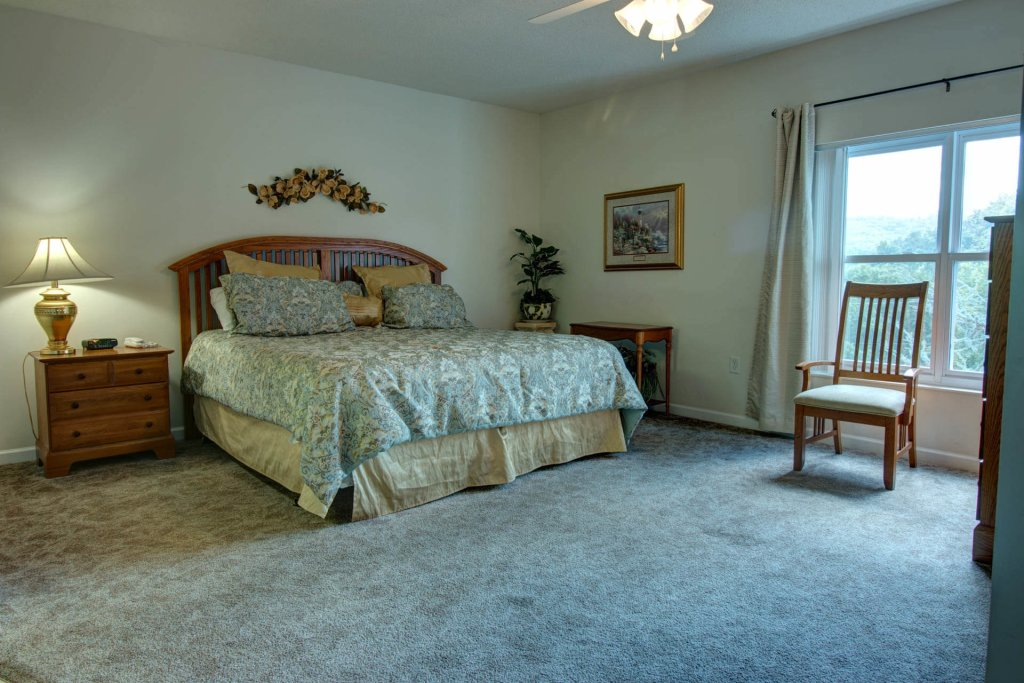 Photo of a Pigeon Forge Condo named Whispering Pines 521 - This is the twenty-second photo in the set.