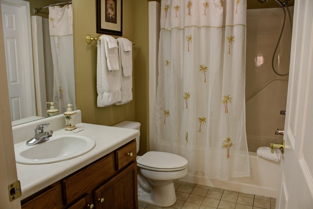 Photo of a Pigeon Forge Condo named Whispering Pines 352hc - This is the twenty-eighth photo in the set.