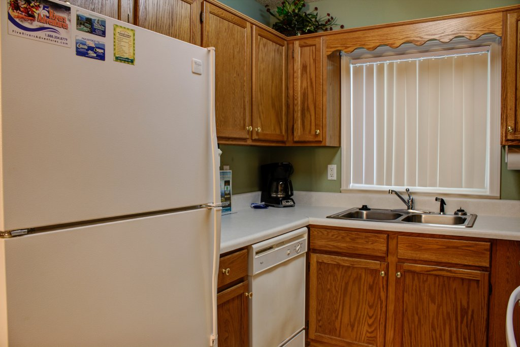 Photo of a Pigeon Forge Condo named Whispering Pines 352hc - This is the nineteenth photo in the set.