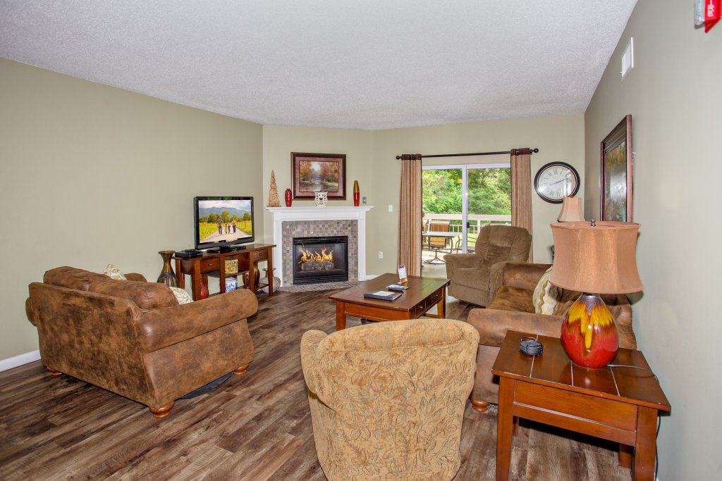 Photo of a Pigeon Forge Condo named Whispering Pines 314 - This is the thirteenth photo in the set.