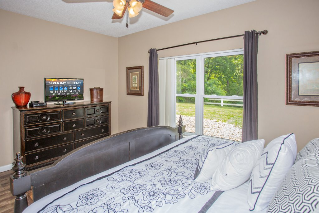 Photo of a Pigeon Forge Condo named Whispering Pines 314 - This is the seventeenth photo in the set.