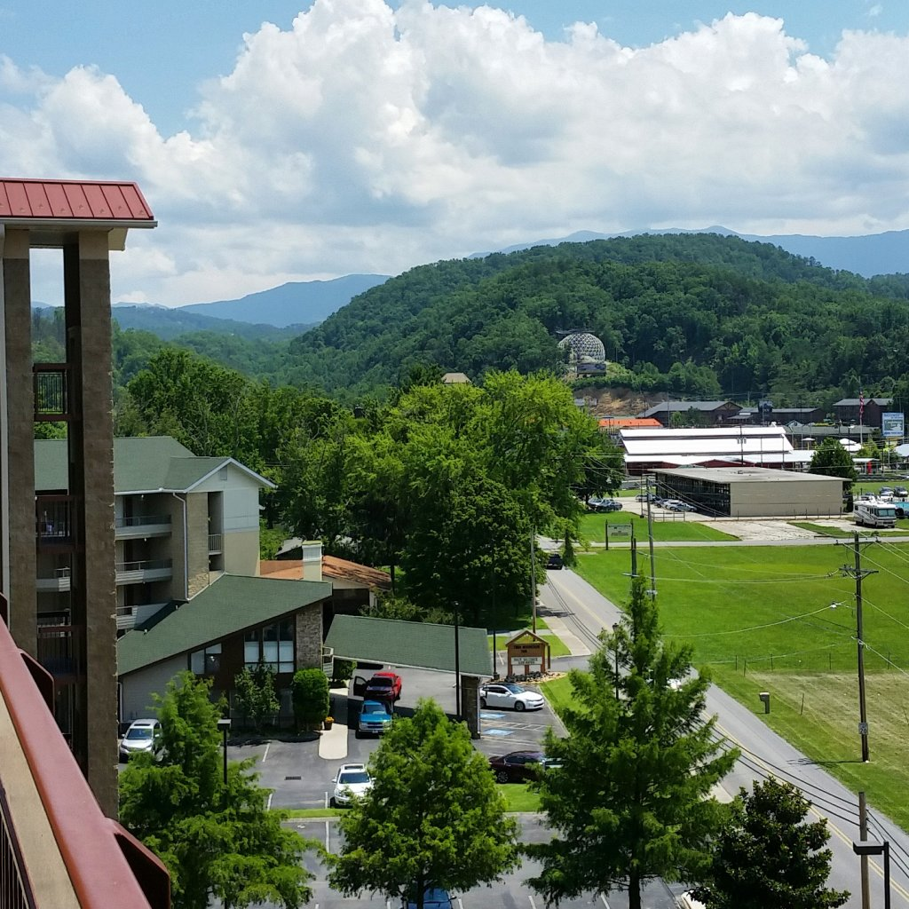 Photo of a Pigeon Forge Condo named Cedar Lodge 201 - This is the seventh photo in the set.