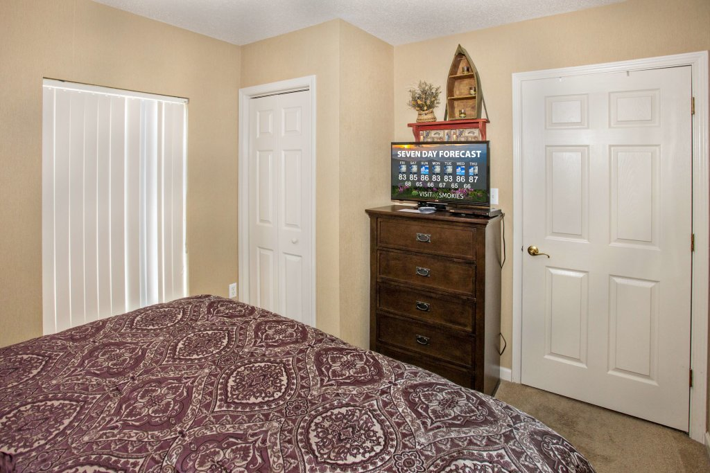 Photo of a Pigeon Forge Condo named Whispering Pines 451 - This is the nineteenth photo in the set.