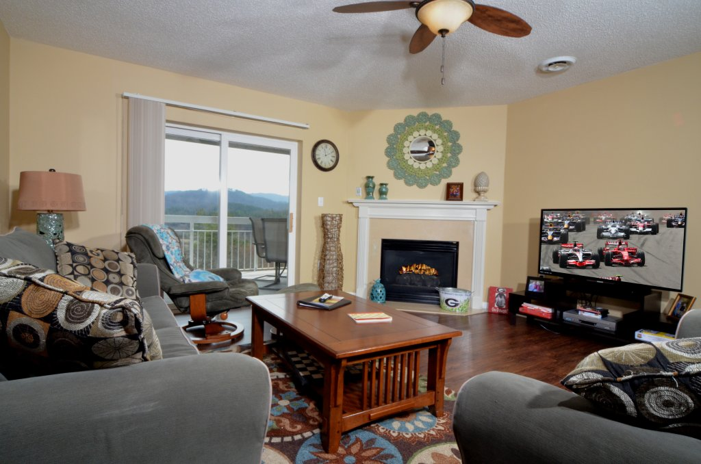 Photo of a Pigeon Forge Condo named Whispering Pines 454 - This is the fourteenth photo in the set.