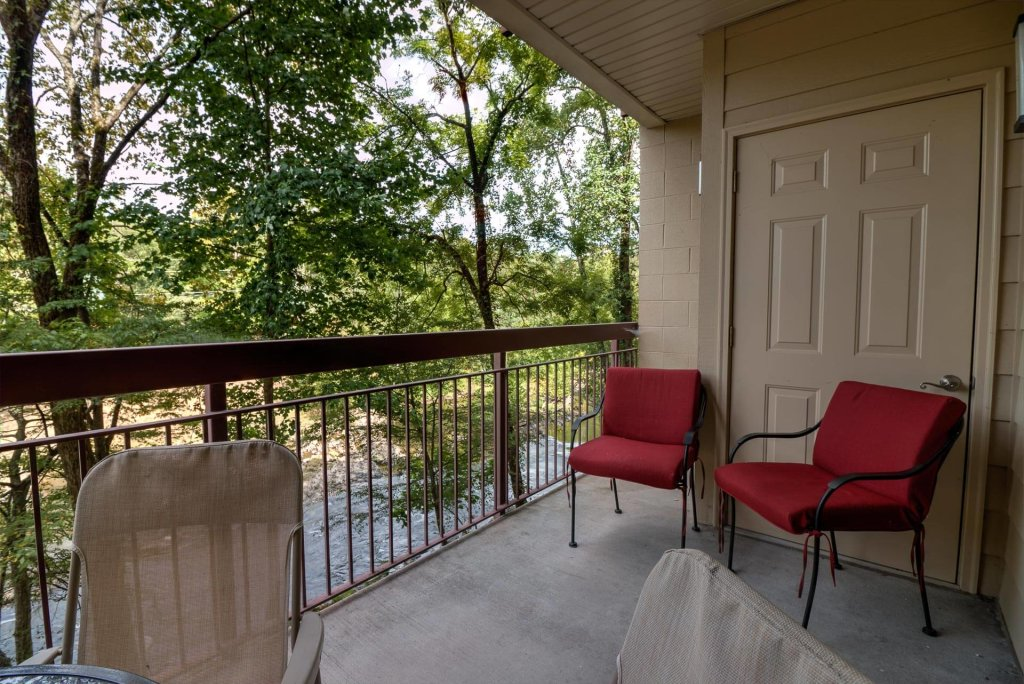 Photo of a Pigeon Forge Condo named Cedar Lodge 103 - This is the third photo in the set.