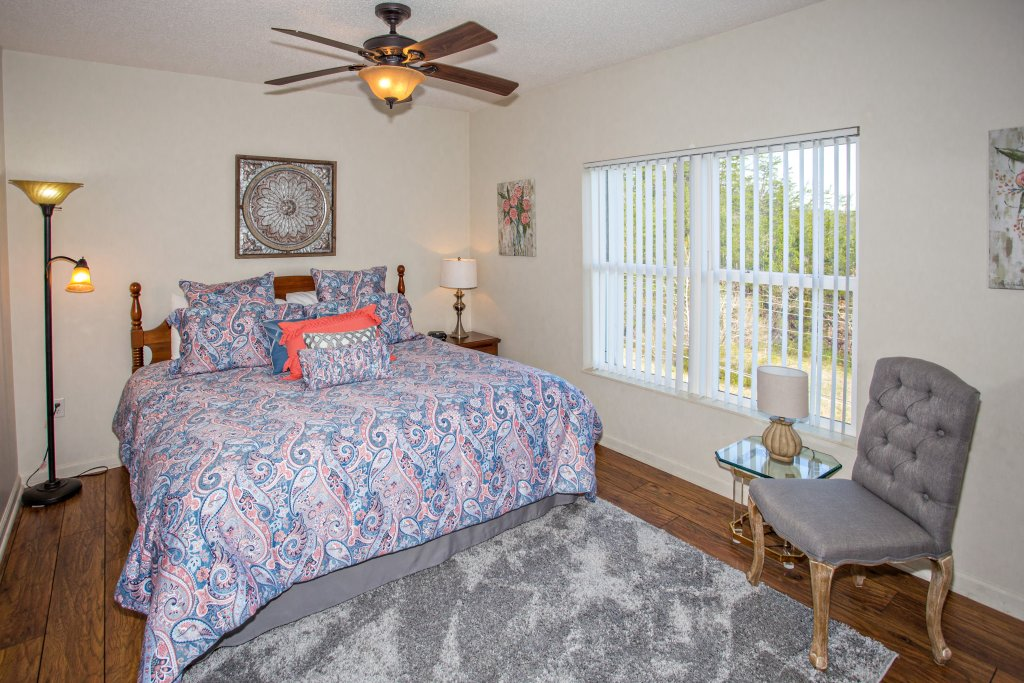 Photo of a Pigeon Forge Condo named Whispering Pines 104 - This is the twenty-second photo in the set.
