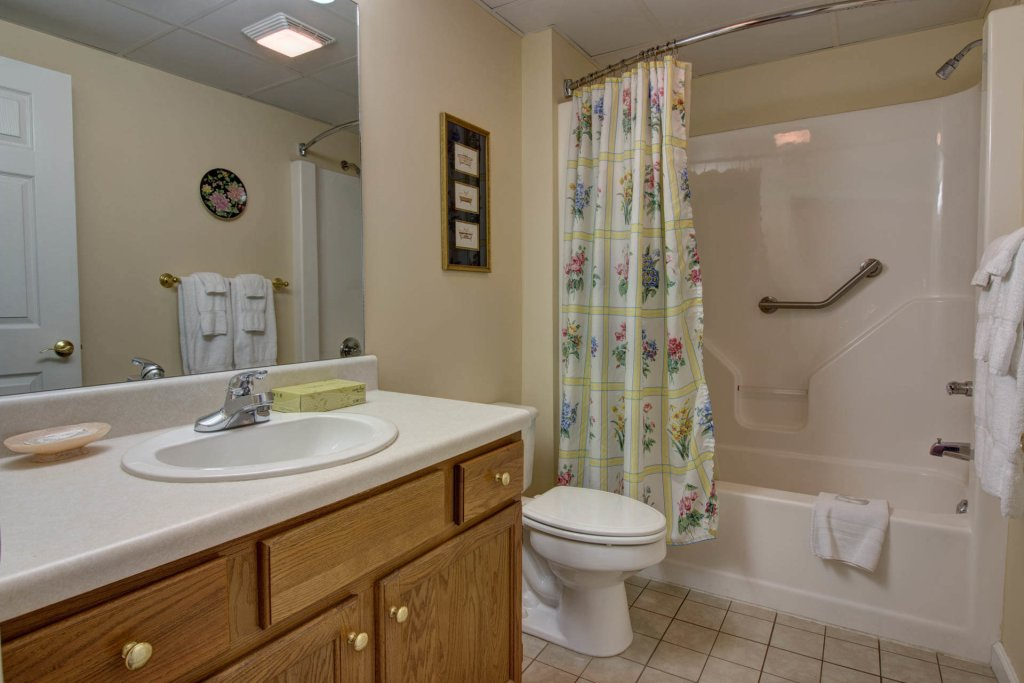 Photo of a Pigeon Forge Condo named Whispering Pines 354 - This is the seventeenth photo in the set.