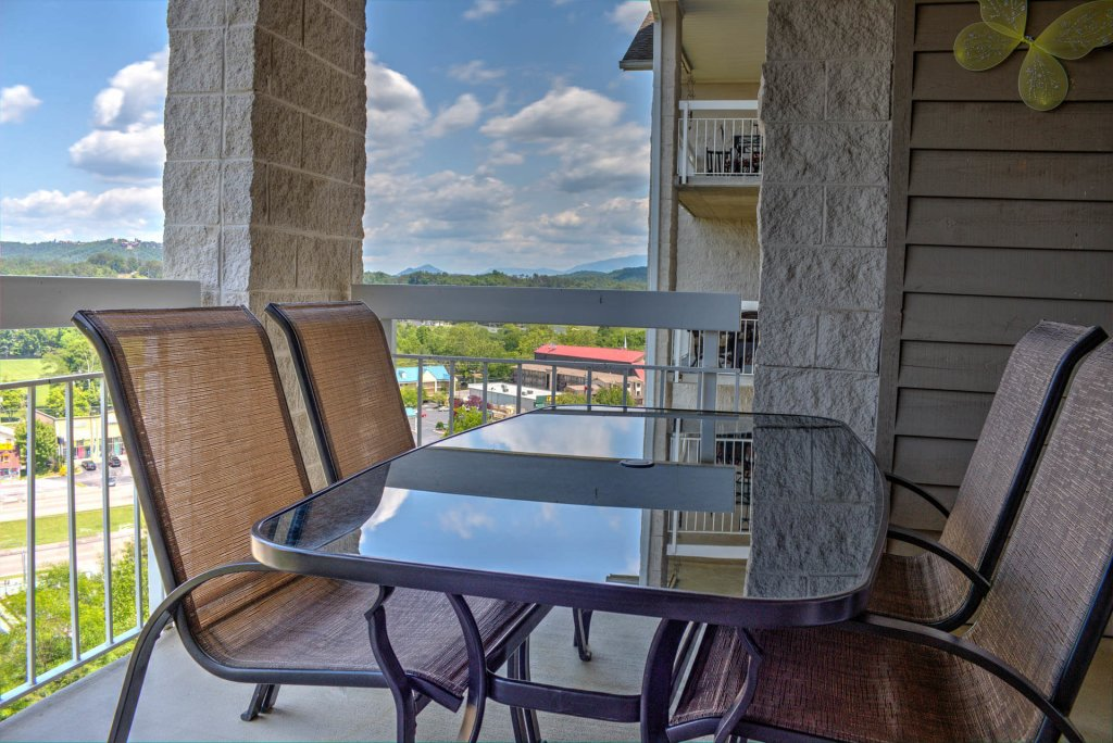 Photo of a Pigeon Forge Condo named Whispering Pines 243 - This is the fifteenth photo in the set.