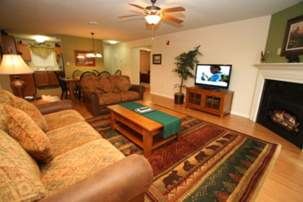Photo of a Pigeon Forge Condo named Cedar Lodge 705 - This is the first photo in the set.