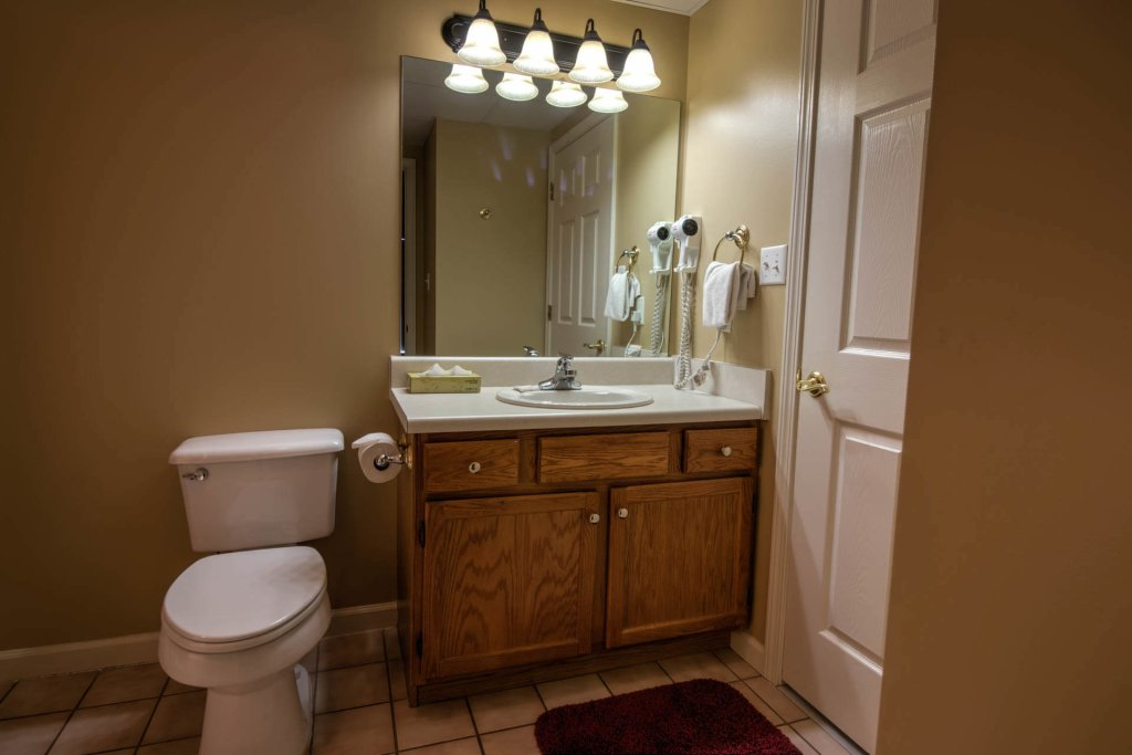 Photo of a Pigeon Forge Condo named Whispering Pines 234 - This is the thirty-second photo in the set.